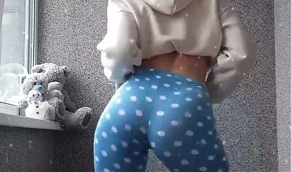 big ass wet pussy girl shake big ass and tits very hard 67